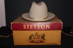 LIKE NEW STETSON MAN'S HAT IN ORIGINAL BOX MINT