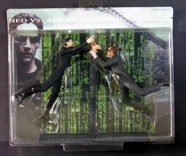 THE MATRIX NEO VS AGENT SMITH ACTION FIGURE DOUBLE PACK