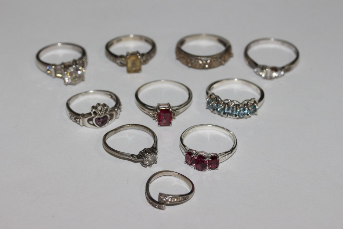 10 ASSORTED STERLING SILVER RINGS SIZES 6.5 - 10
