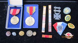 LARGE LOT OF MILITARY BARS, PINS & BUTTONS - MOST I