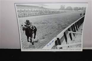 "20"" X 16"" PHOTOGRAPH OF SECRETARIAT WINNING 1973"
