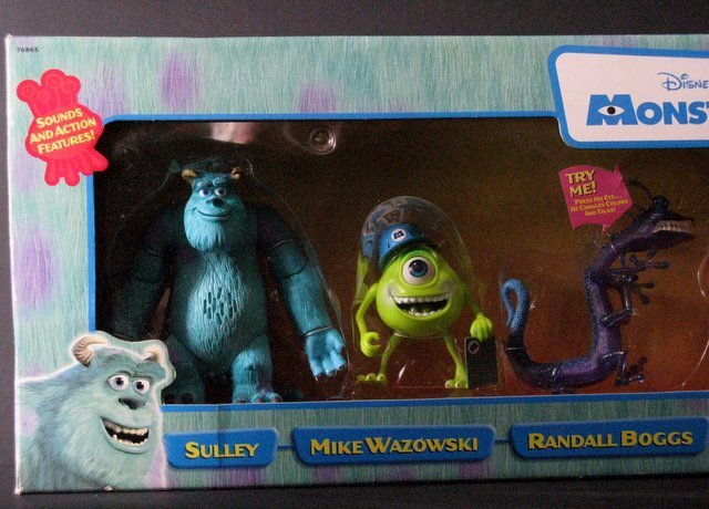 MONSTERS INC. - DELUXE BOX SET OF SIX & TWO ADDITIONAL - 4