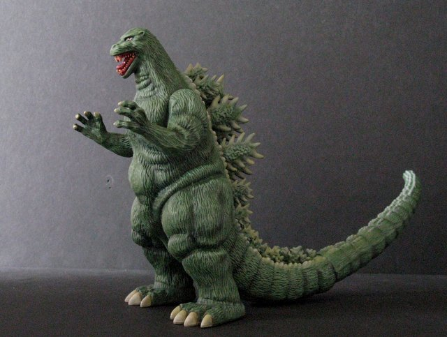GODZILLA KING OF MONSTERS - PRO PAINTED MODEL FIGURE - - 3