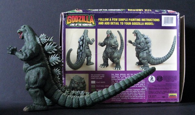 GODZILLA KING OF MONSTERS - PRO PAINTED MODEL FIGURE - - 5