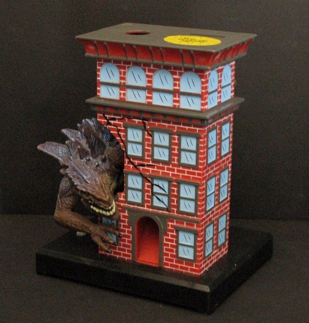"GODZILLA 7"" GUMBALL BANK - Toy Quest 1998 - Godzilla"