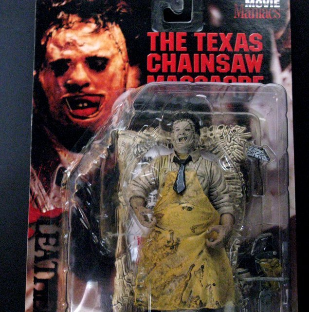 "LEATHERFACE - TEXAS CHAINSAW MASSACRE 7"" ACTION FIGURE - 2"