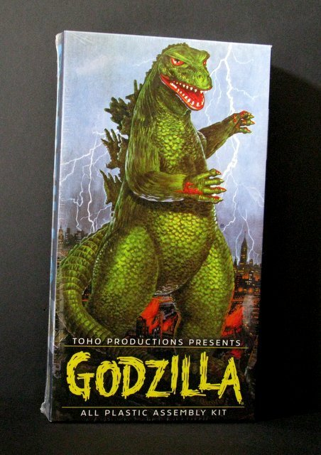GODZILLA RE-ISSUE OF THE CLASSIC 60'S AURORA MODEL KIT