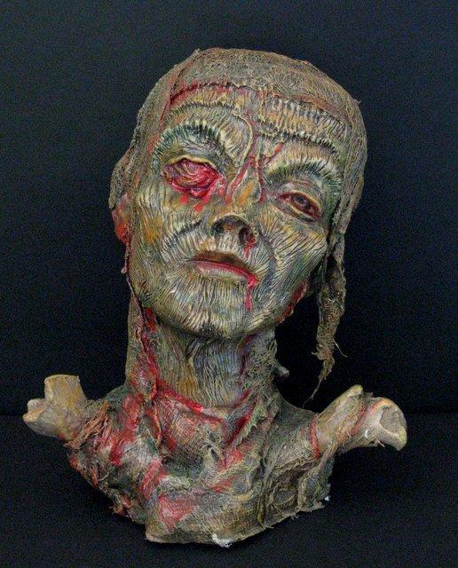 GORY FEMALE MUMMY - LIFESIZE PAINTED RESIN BUST - 1998