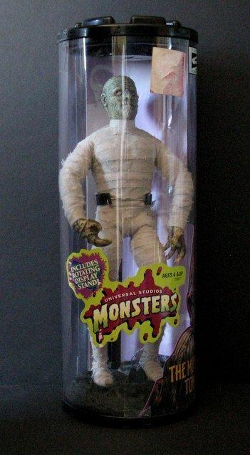 "THE MUMMY'S TOMB 12"" FIGURE - Hasbro Toys, 1999 - New"