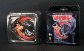 Vampirella Tree Ornament - Moore Creations, 2001 -