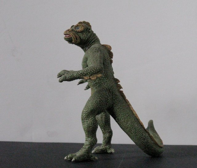 "RAY HARRYHAUSEN'S YMIR from ""20,000,000 MILES TO EARTH"" - 3"