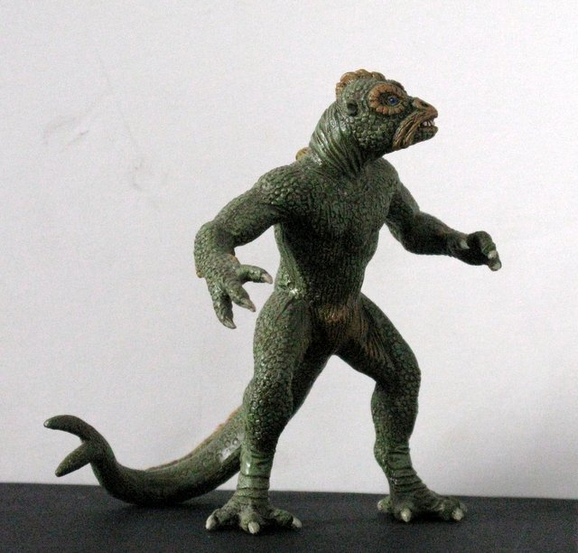 "RAY HARRYHAUSEN'S YMIR from ""20,000,000 MILES TO EARTH"" - 5"