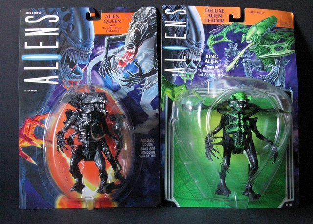 """ALIENS 6"""" ACTION FIGURES - LOT OF TWO - Kenner, 1994 -"""