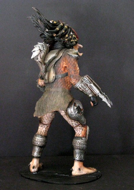 "PREDATOR ""The Hunter"" RARE PAINTED RESIN MODEL FROM - 4"
