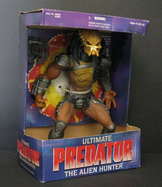 ULTIMATE PREDATOR ACTION FIGURE - Kenner Toys, 1995 -