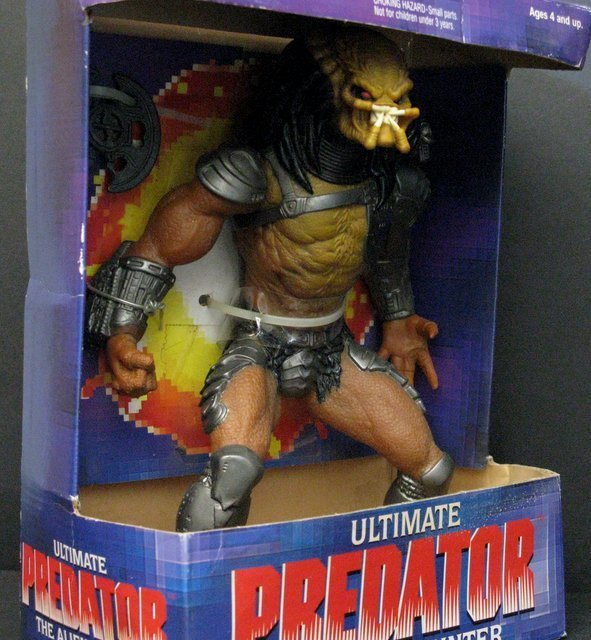 ULTIMATE PREDATOR ACTION FIGURE - Kenner Toys, 1995 - - 3