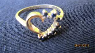 NICE 14K YELLOW GOLD HEART SHAPED RING W/ 7 BLUE