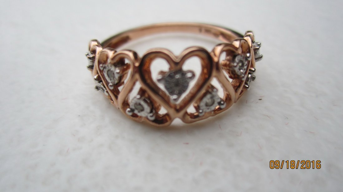 10K ROSE GOLD OPEN HEART RING W 7 DIAMONDS  - EXC. COND