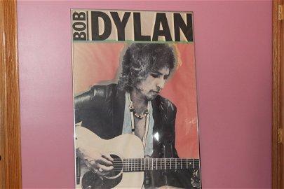 """SUPER ARTIST DESIGNED 70'S POSTER OF BOB DYLAN 44"""" X"""
