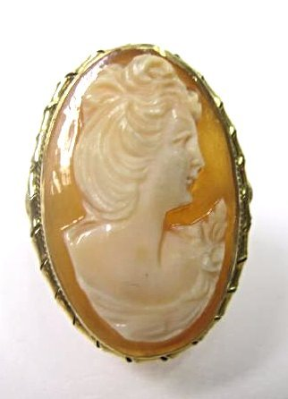 "18K Yellow Gold Cameo Ring, Size 8 1/2, 1""x 1/2"" - 2"