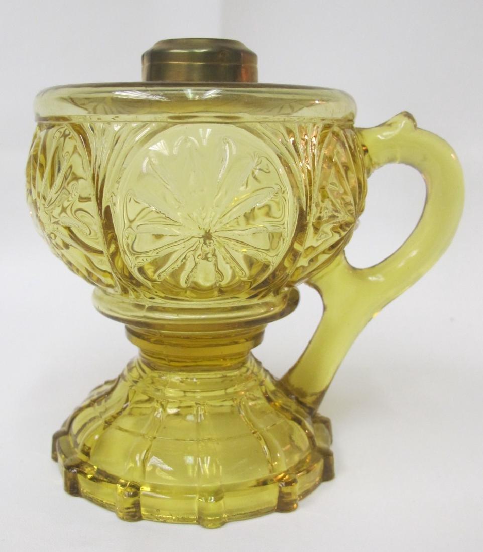 """Antique Kerosene 5 1/4"""" Lamp Has Base Like Feather"""