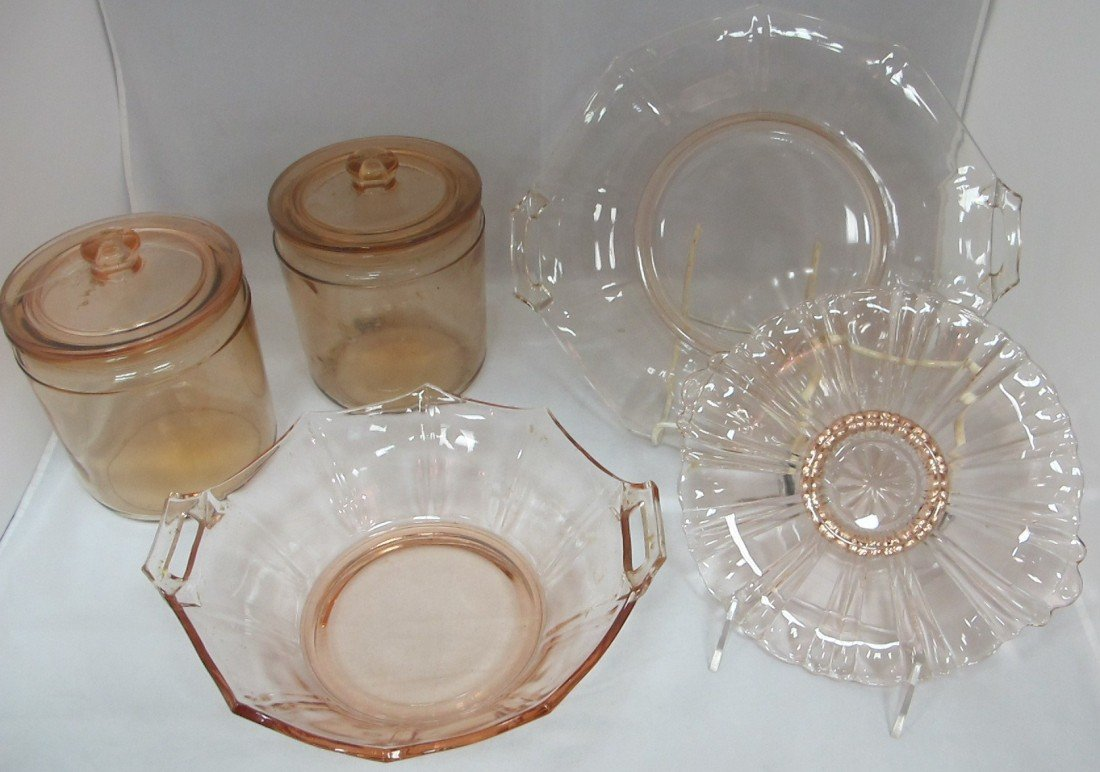 1: Collection of Pink Depression Glass Including: 2 Bis