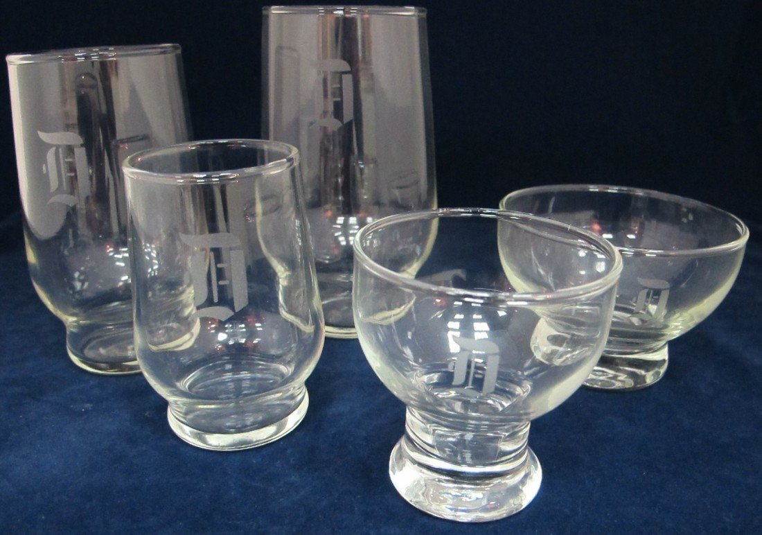 "7: Collection of Drinking Glasses w/ Monogram ""D"" to In"