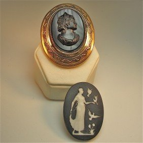 5: Black Onyx Cameo & Black Jasperware Small Oval Plaqu