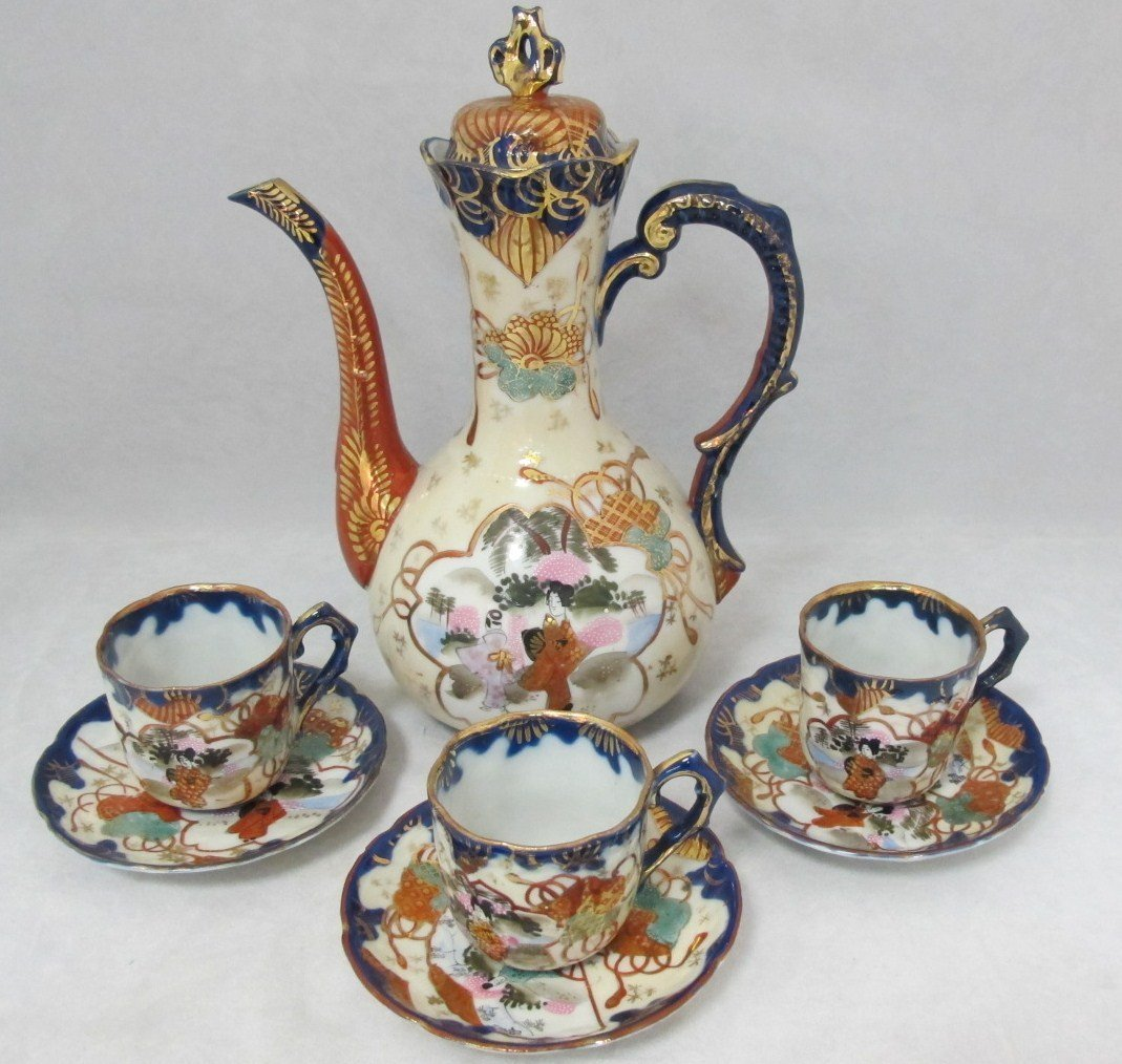 16: Japanese Imari Teapot With 3 Cups and Saucers