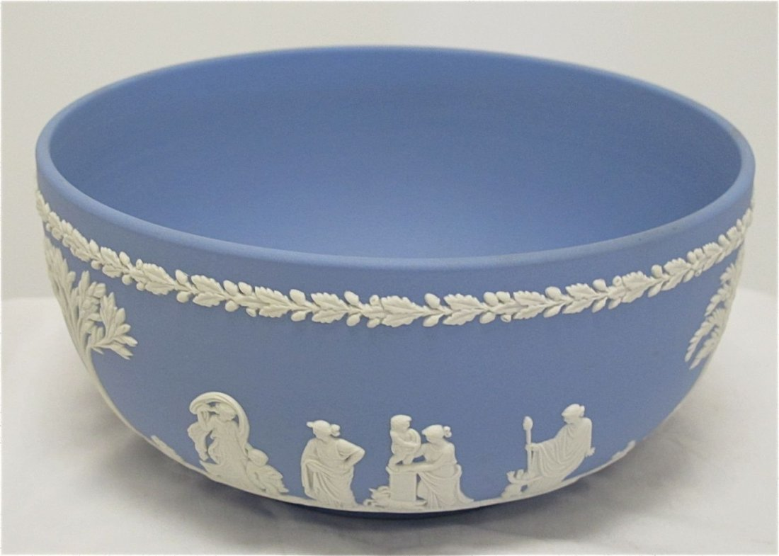 "27: Wedgwood Blue Jasperware Sacrafice Bowl 8"" in Diame"