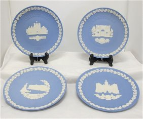 Wedgwood Blue Jasperware Christmas Plates: 1978 Hor