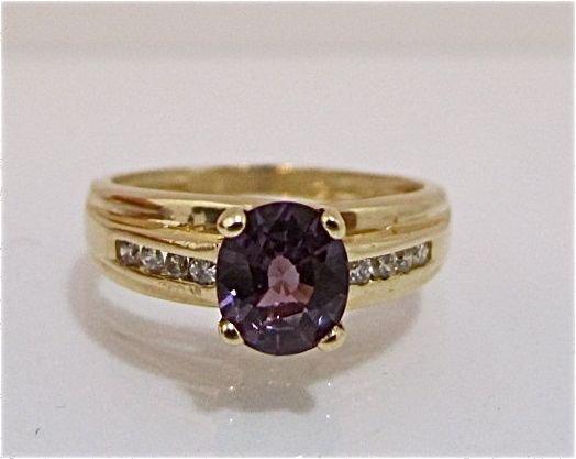 95: 14K Yellow Gold Alexandrite & Diamond Ring