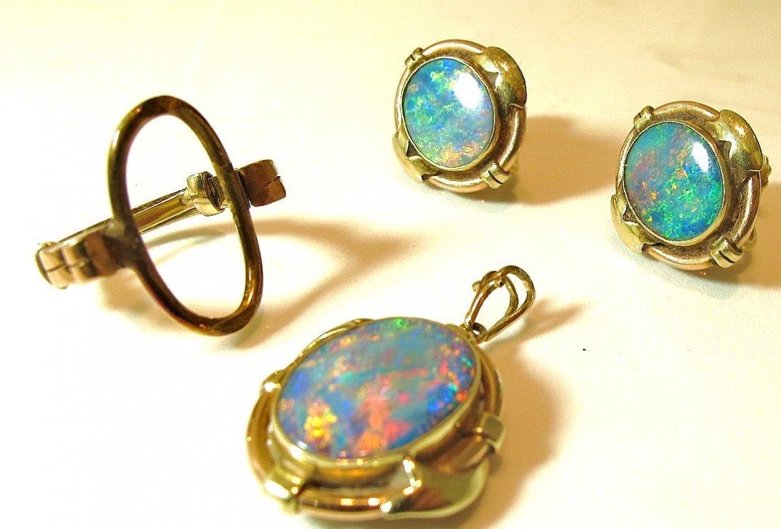 4: 14K Yellow Gold Fire Opal Drop Pendant And Earrings
