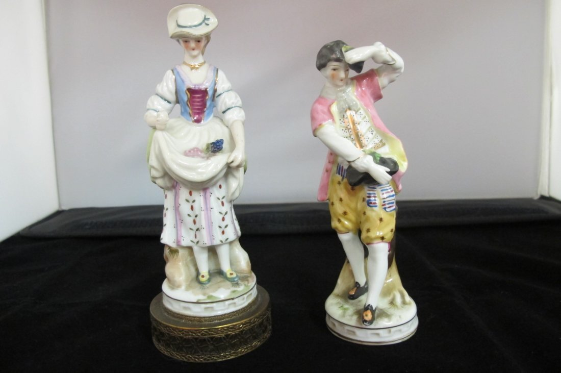 23: Pair of Dresden Figurines