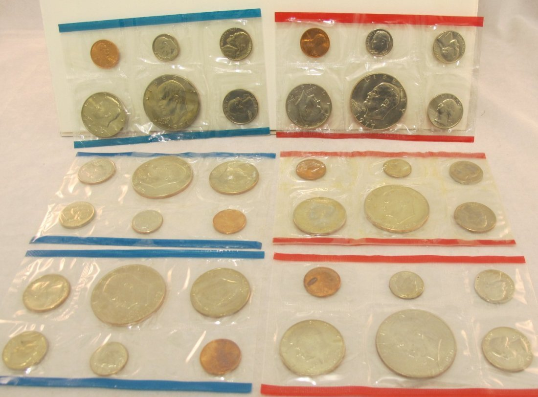 14: Two 1976 and One 1977 U.S. Mint Sets P&D