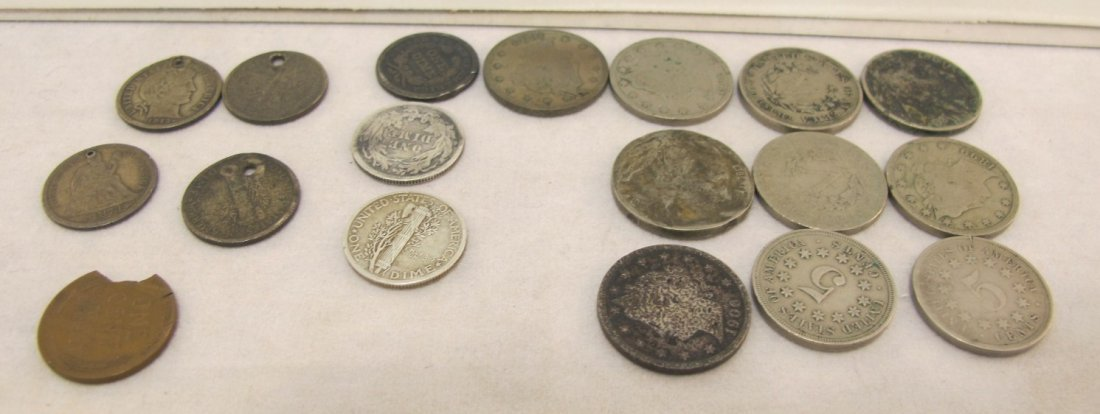 24: Lot of Eighteen Miscellaneous Coins to Include: V-N