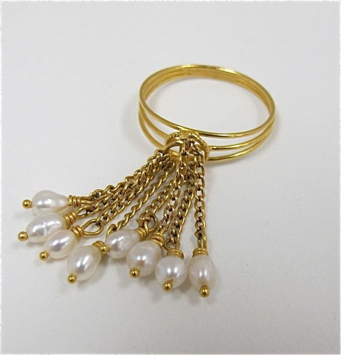 22K Yellow Gold & Seed Pearl Ring