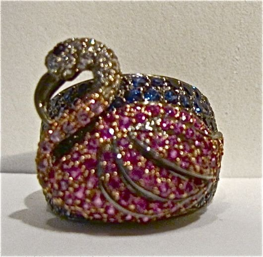 18K Pink Sapphire & Blue Sapphire & Dia Swan Ring