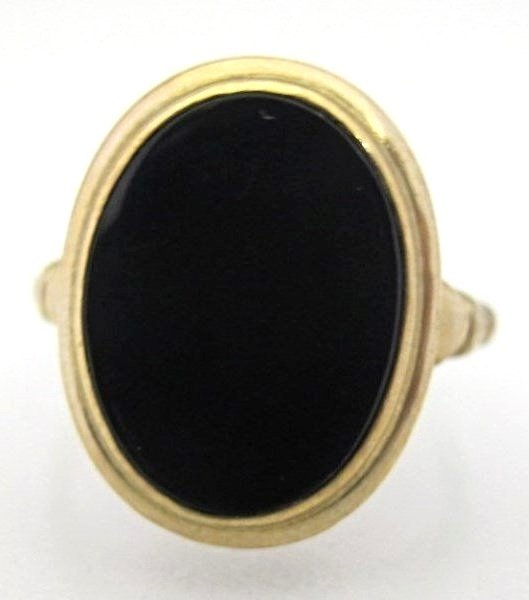 10K Yellow Gold Onyx Ring, Size 6 1/2