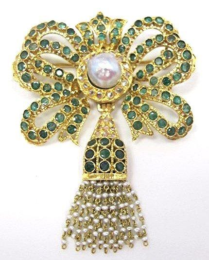 Vintage 18K Pearl, Emerald and Diamond Brooch