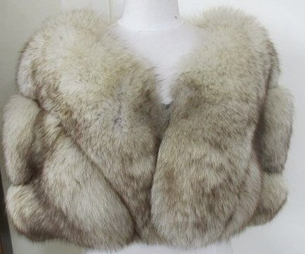 Vintage Ladies Fur Cape from Azens Furs, Pittsburgh, PA