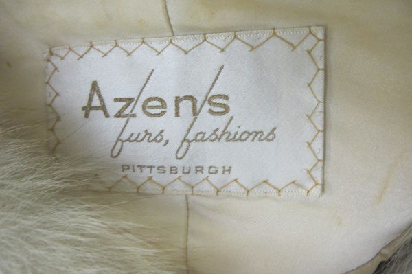Vintage Ladies Fur Cape from Azens Furs, Pittsburgh, PA - 3