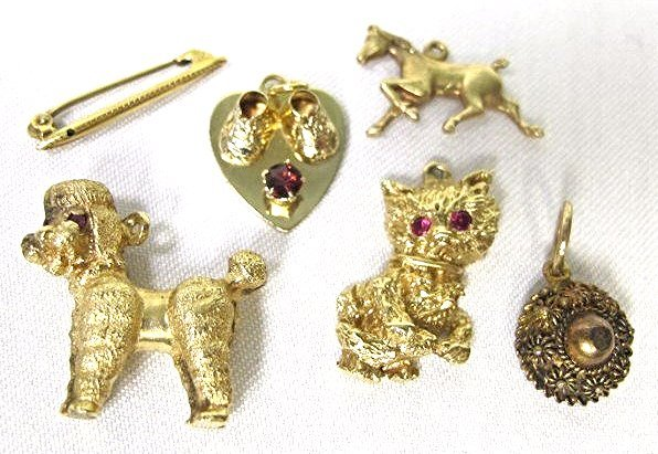 Six (6) 14K Yellow Gold Charms, 10.67dwt, Heart w/ Baby