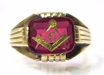 Gents 14K Yellow Gold Masonic Ruby Ring, 3.26dwt, Size