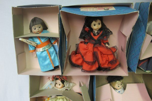 Collection of Madame Alexander Dolls and Autogrqph - 4