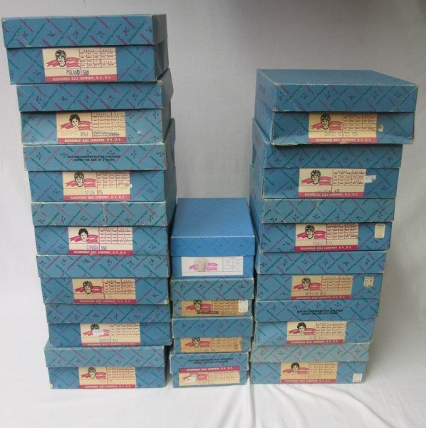 Collection of Madame Alexander Dolls and Autogrqph - 9