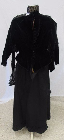 Collection of Victorian Ladies Garments