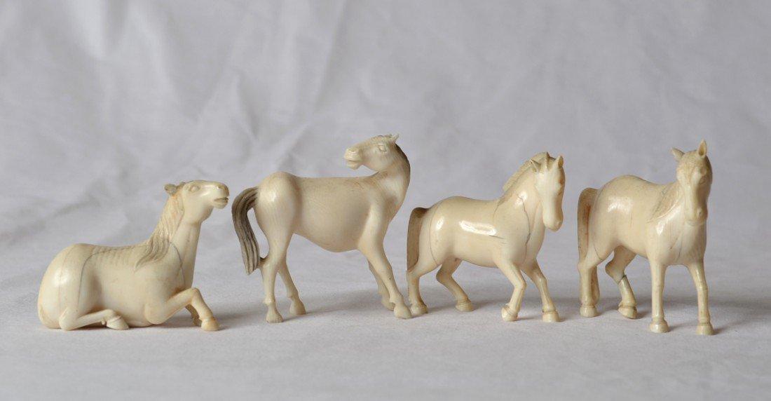 9: 4 JAPANESE POLYCHROMED HORSES