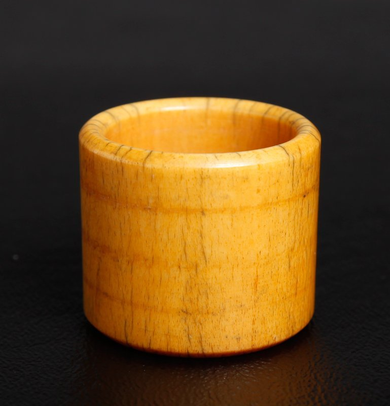 4: CHINESE CARVED BONE ARCHERS RING