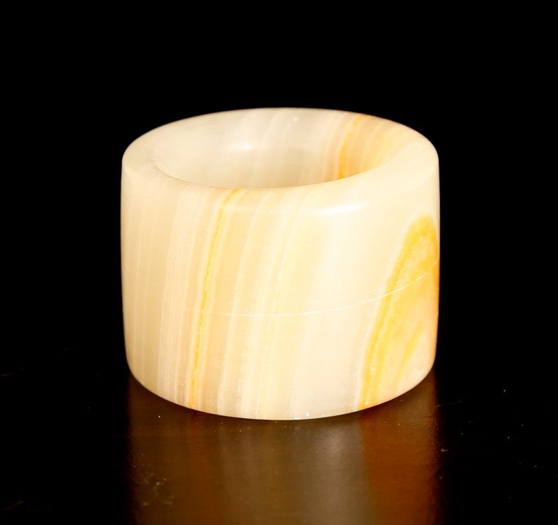18: Chinese Hardstone Archer's Ring